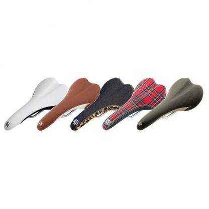 Gusset R-Series Saddles